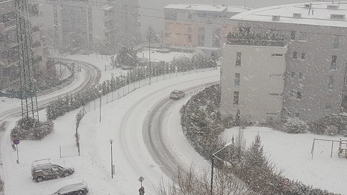 sneh, záveje