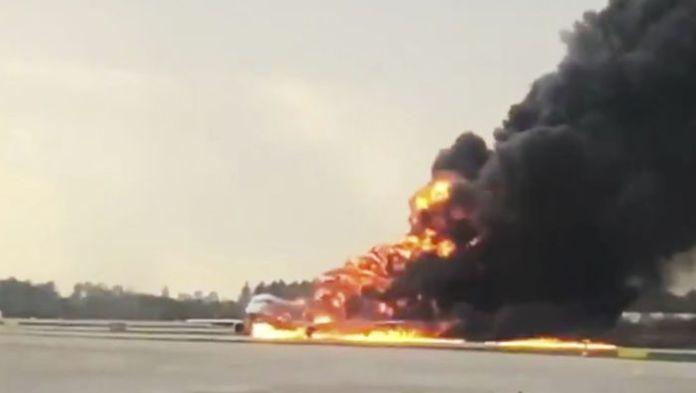 havaria lietadla moskva 41 mrtvych