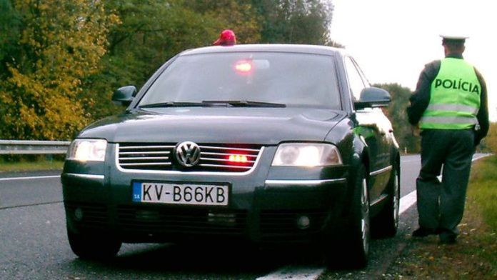 Opitý vodič na diaľnici v Trenčianskom kraji: Pozrite sa, koľko nafúkal!