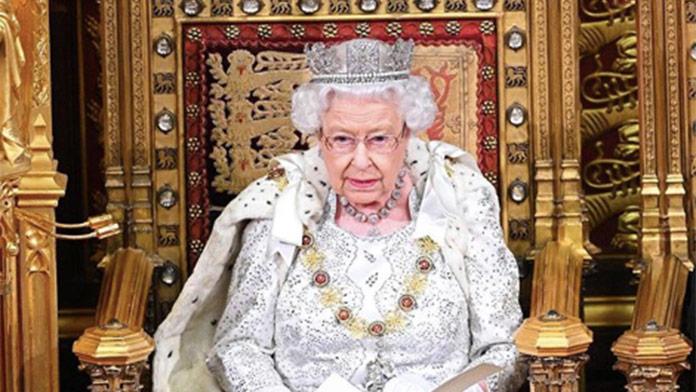 Kráľovná Alžbeta opäť potvrdila, že je skromná: Pravda z Buckinghamského paláca