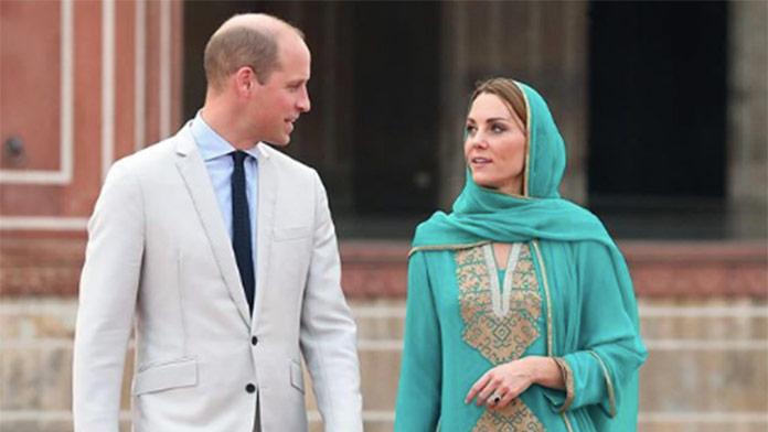 William a Kate navštívili Pakistan: V takýchto outfitoch už Kate neuvidíte. Pozrite, čo si obliekla